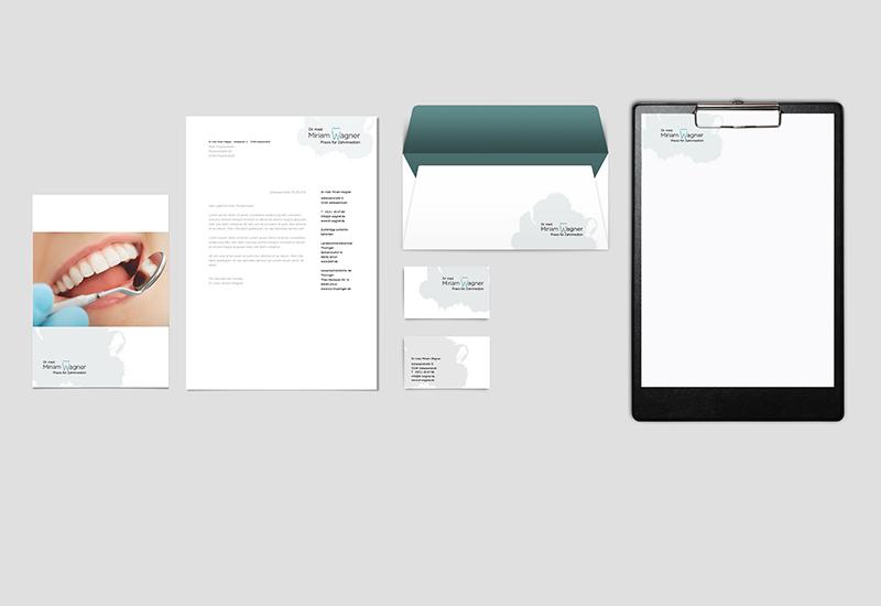 Geschäftspapiere und Flyer